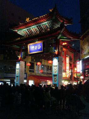 夜の春節祭