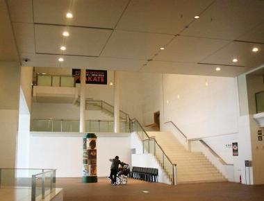 京都国立近代美術館 内観