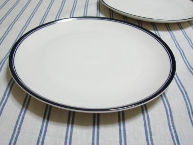 バスク地方のストライプ柄のお皿