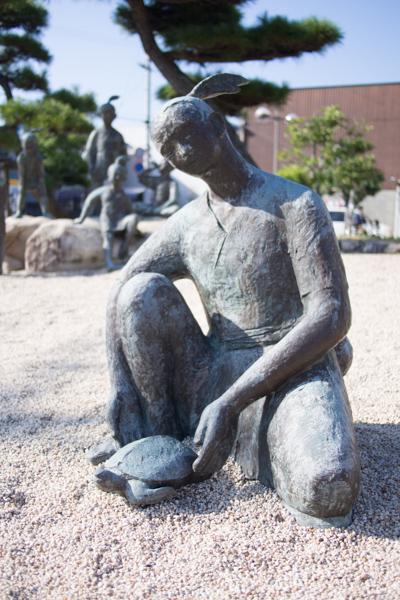 浦島太郎伝説の銅像
