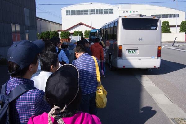 瀬戸内国際芸術祭バス
