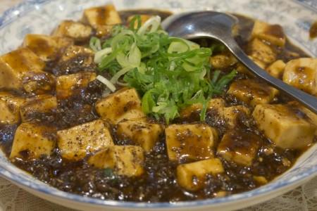 天満の中華料理店「紫微星」の花山椒たっぷりピリ辛本格麻婆豆腐