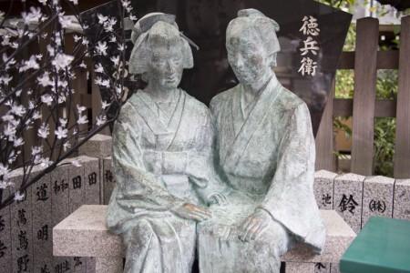 いつの間にか恋人の聖地になってた大阪・曽根崎「お初天神(露天神社)」