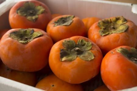 こんなに柔らかい柿があったんだ…富有柿が好きになりました