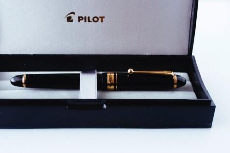夫への誕生日プレゼントに万年筆「パイロット カスタム743」を選びました