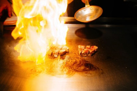 7年目の結婚記念日!ホテル日航大阪の鉄板焼きレストラン「銀杏」でランチ
