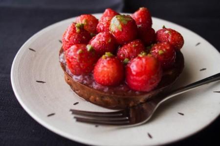 タイムのアクセントが大人の味!ル・シュクレ・クールの限定「夏イチゴのタルト」